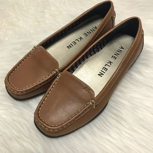 Anne Klein Brown Leather Loafers 7.5 M